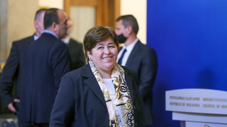 Служебният министър Стела Балтова и българското посолство в Букурещ съдействаха