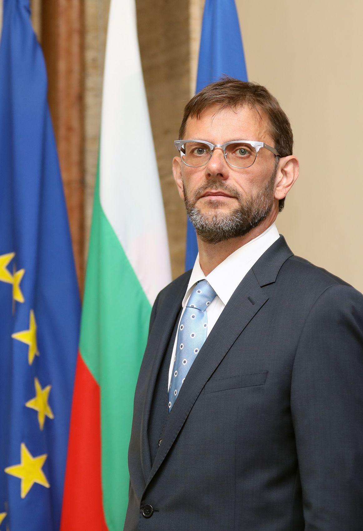 Новият зам.-министър на отбраната Александър Пеков