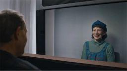 """Google показа """"холографски"""" видеочат от бъдещето"""