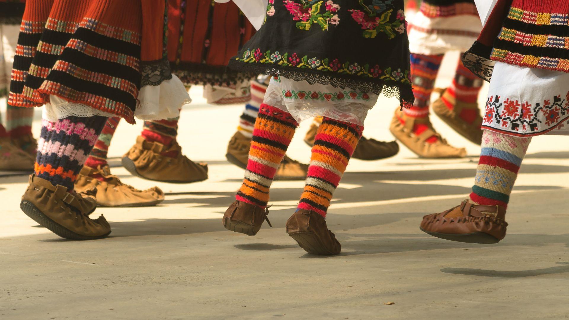 """""""Европа танцува"""" под куполите на Ларгото"""