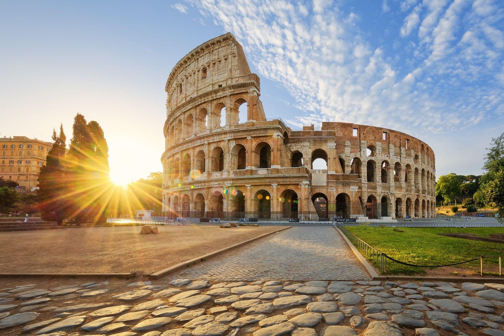 Колизеят в Рим