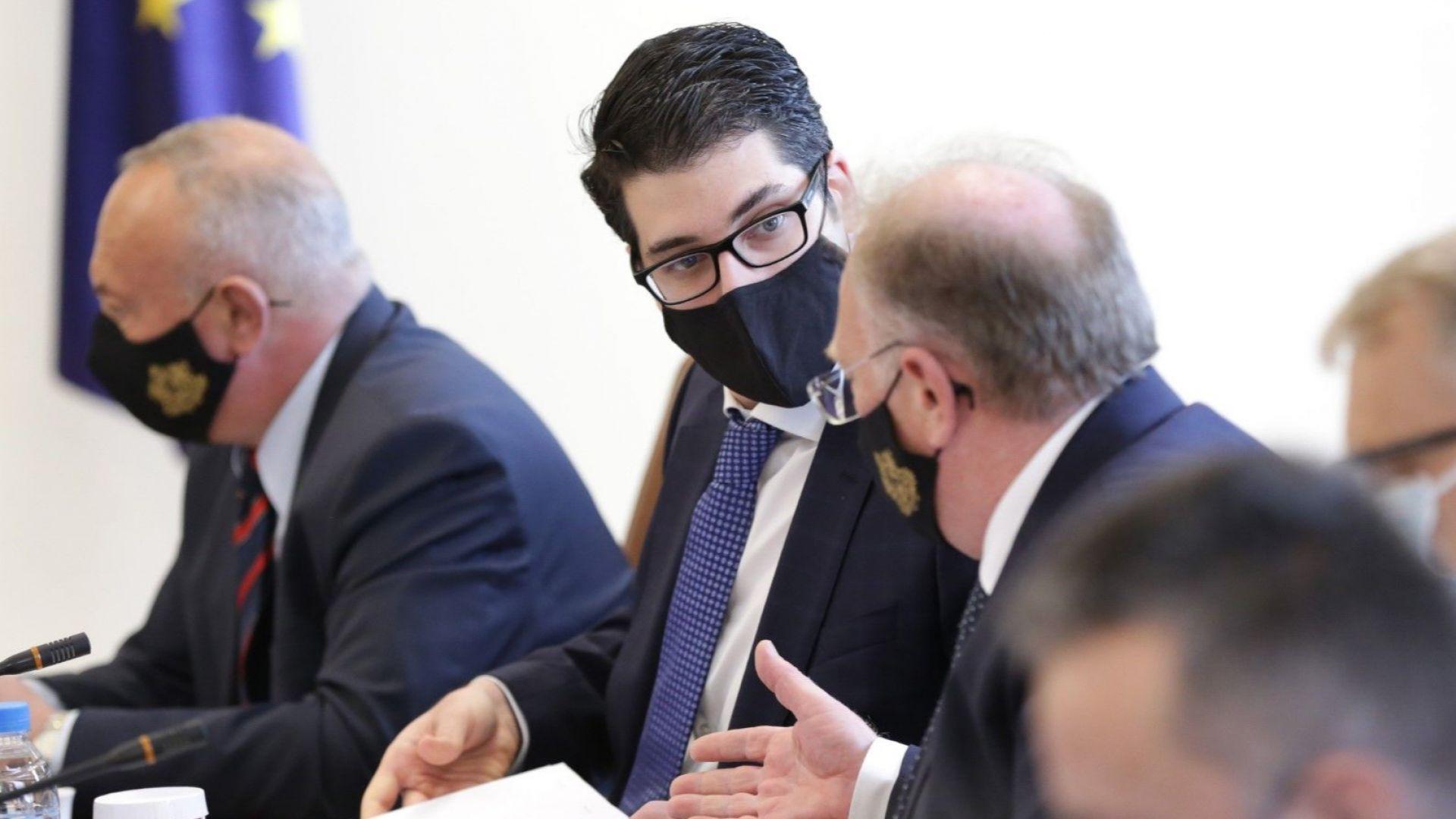 Вицепремиерът Пеканов: Целта ми е служебният кабинет да предаде плана за възстановяване