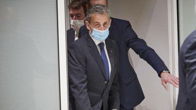 Френската прокуратура поиска 12 месеца затвор за Саркози
