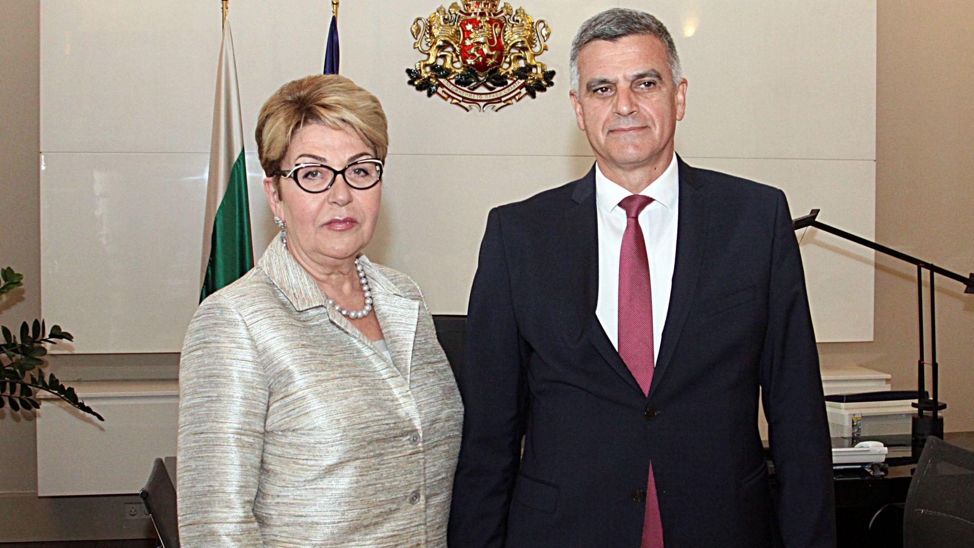 Стефан Янев се срещна с посланиците на Русия и Германия