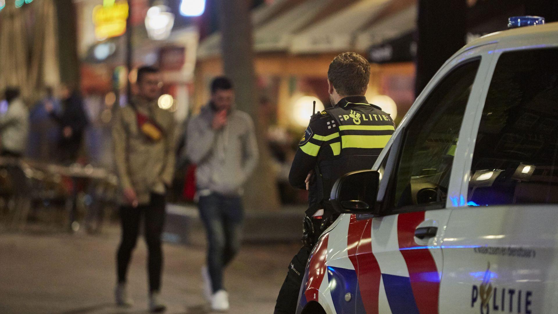Един загина, а четирима са ранени след нападение с нож в Амстердам (снимки)