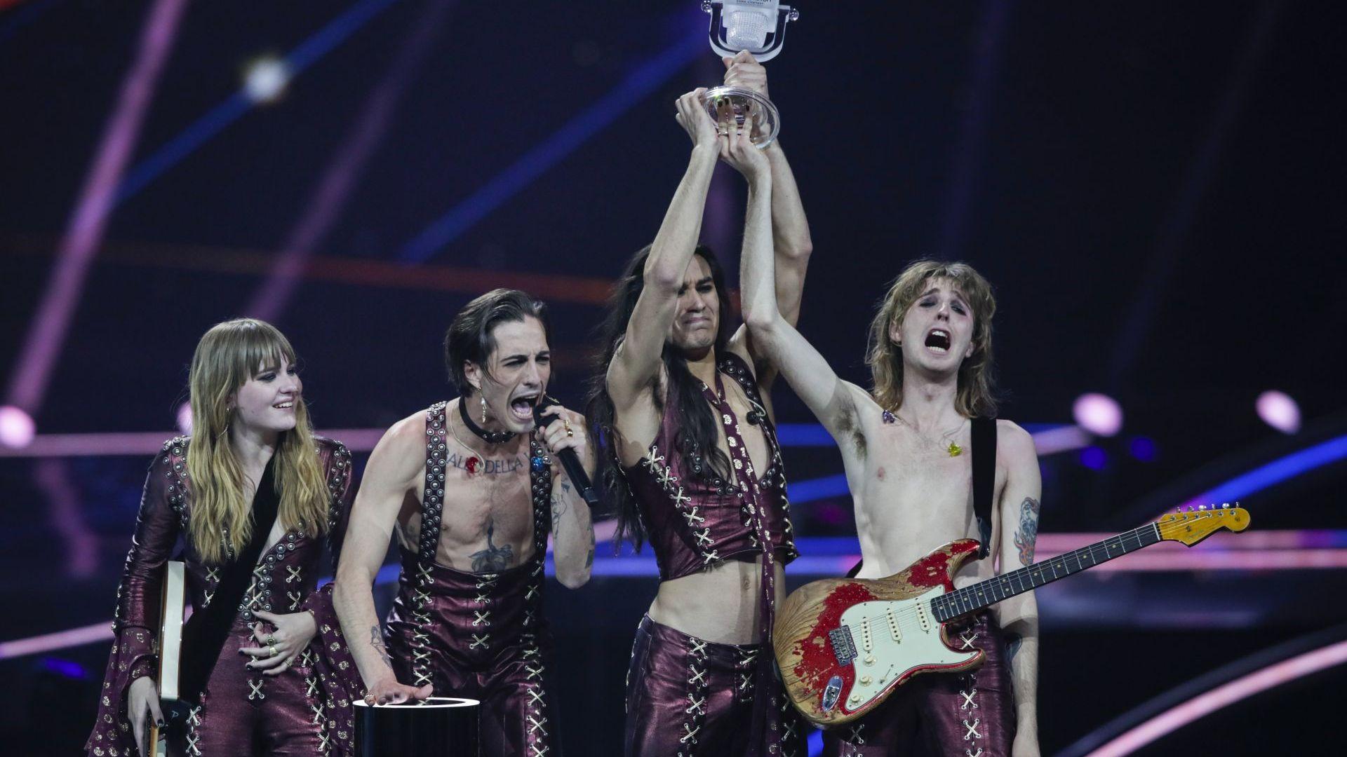 """Вокалистът на групата победител на """"Евровизия"""" отива на тест за наркотици"""