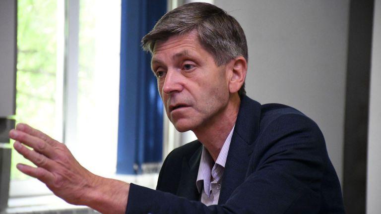 Председателят на коалицията Иван Атанасов заяви, че партията ще участва
