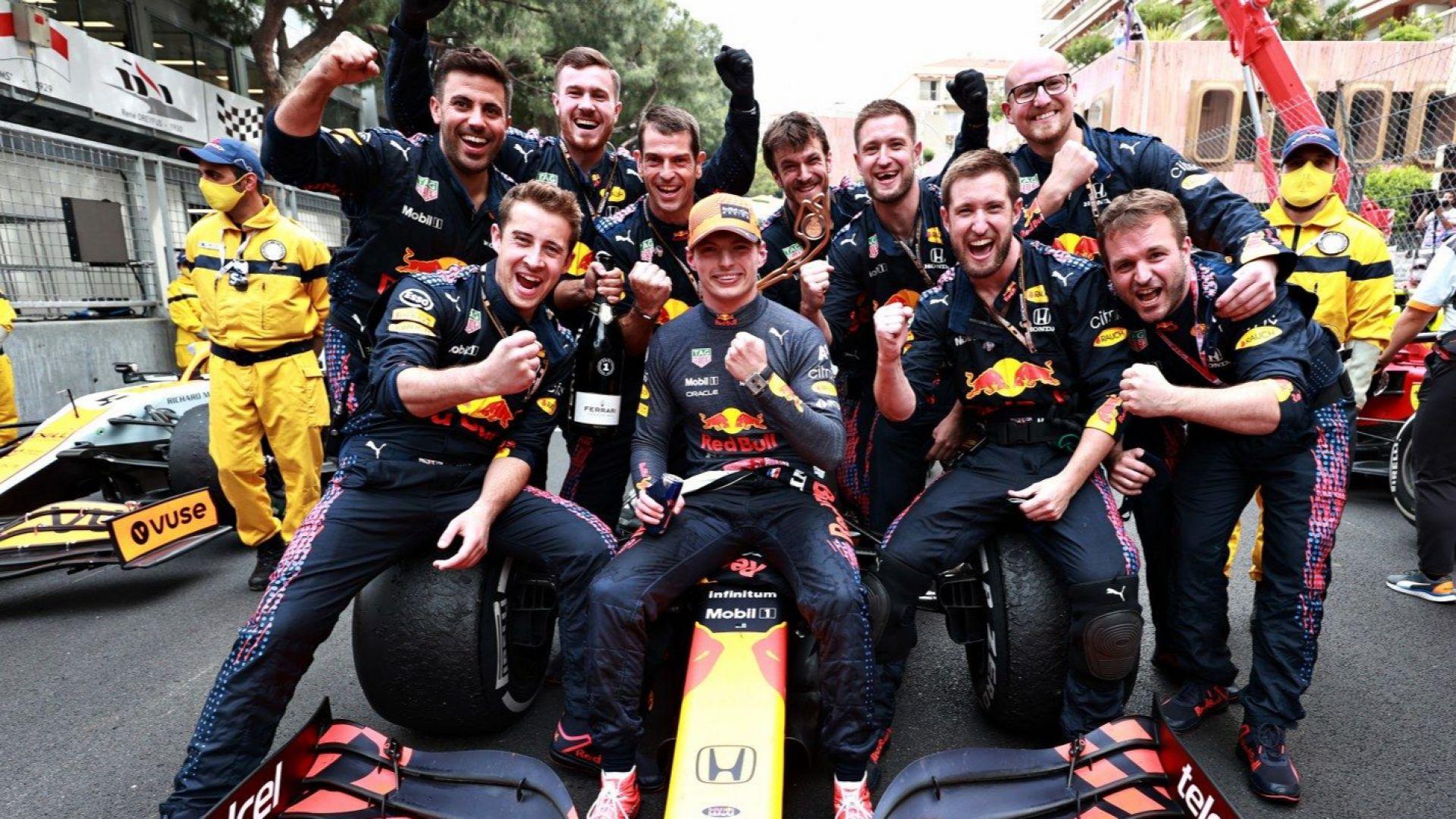 Формула 1 има нов лидер - Верстапен триумфира в Монако и задмина Хамилтън
