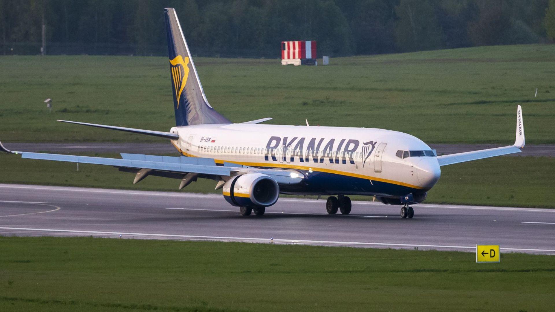 Брюксел иска международно разследване заради отклонения към Минск самолет