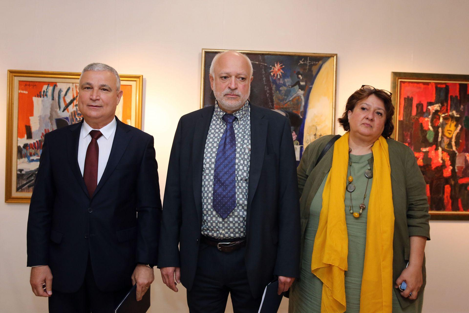 Минеков със зам.-министрите Пламен Славов и Борислава Танева