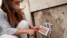 Улична художничка съди Ватикана за авторски права