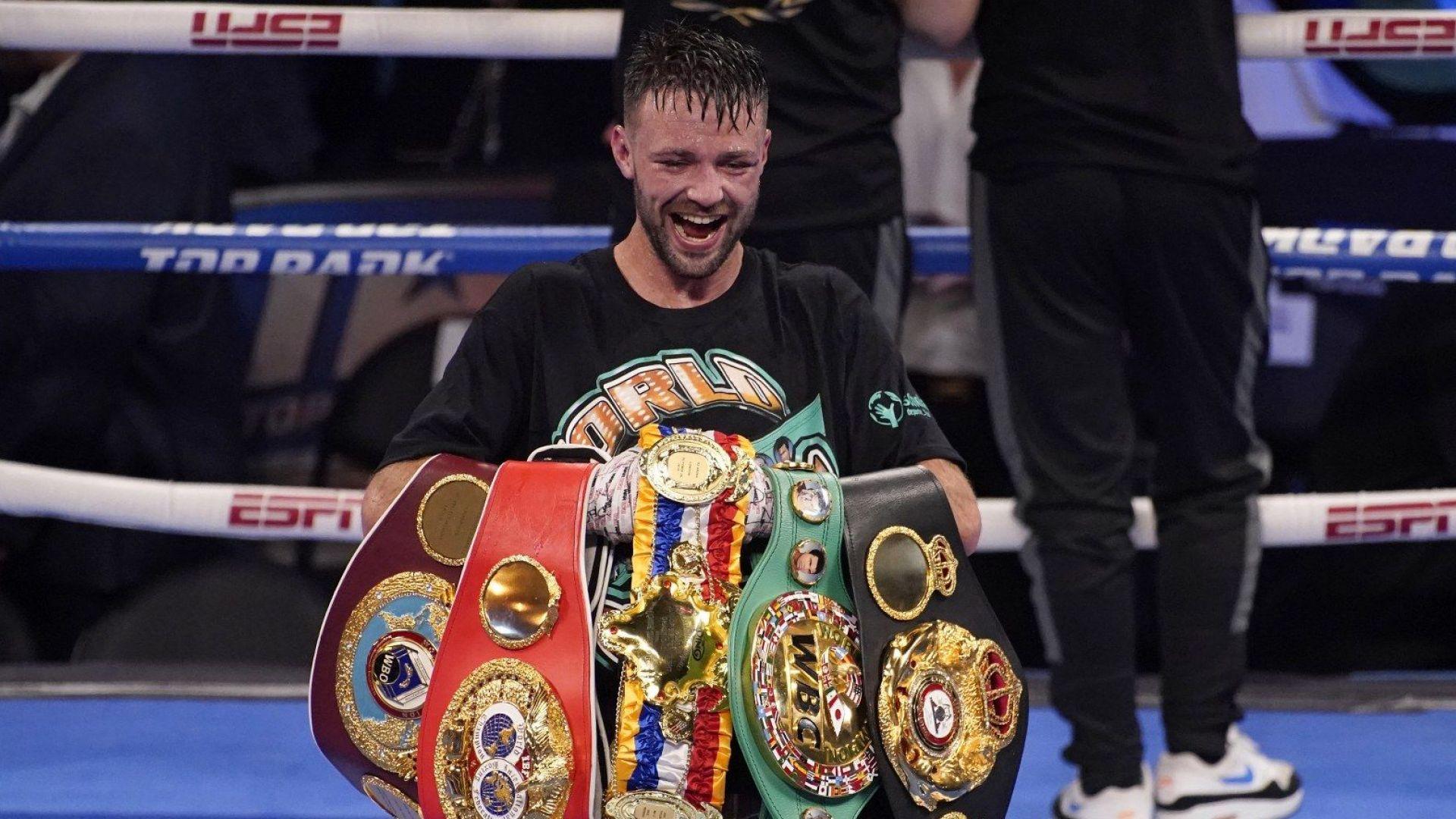 Куриоз: Шампион в бокса изгуби поясите си в самолет