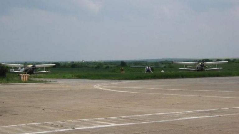 Редовни пътнически полети между Русе и София възнамерява да осъществи