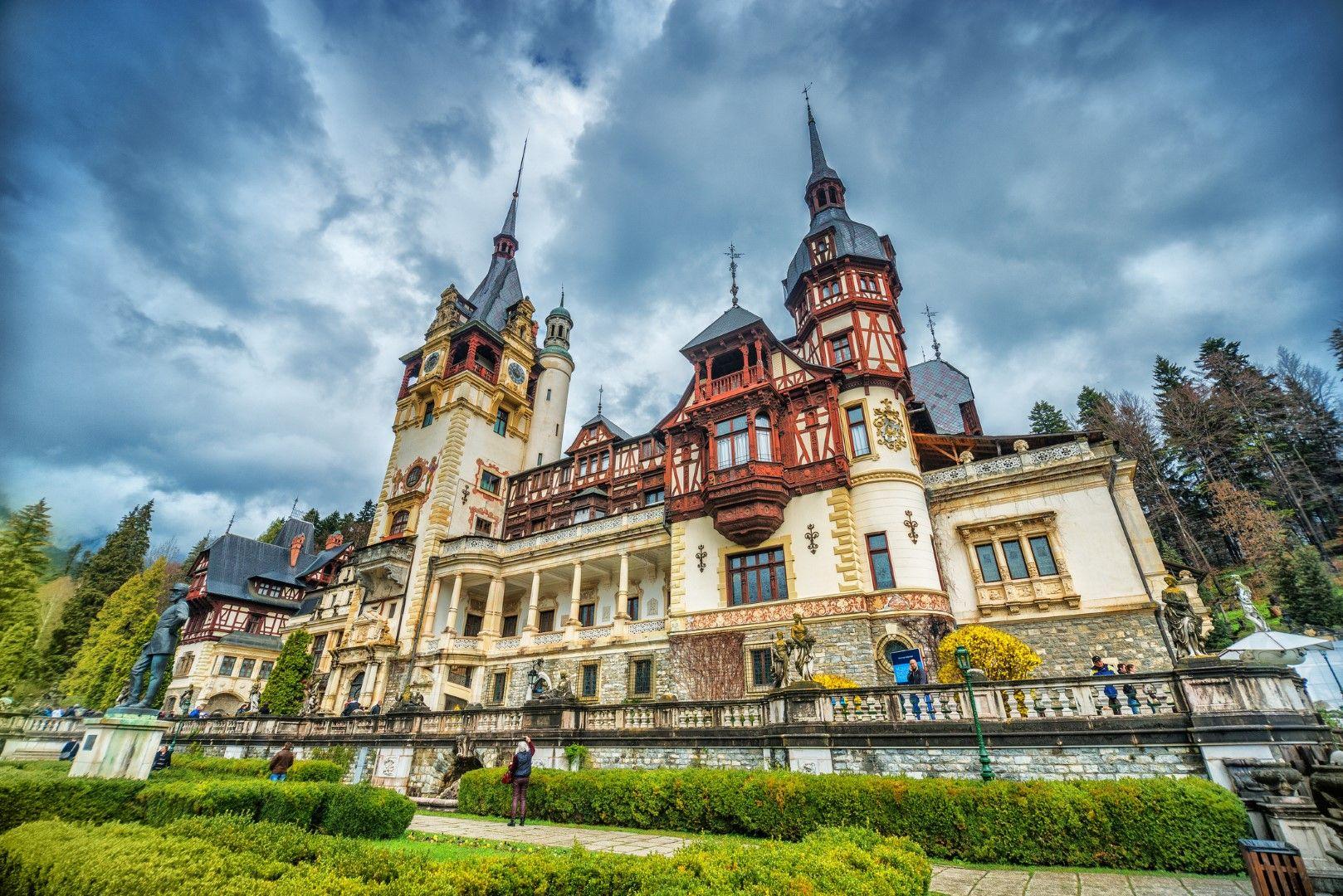 Замъкът Пелеш е бил първият в Европа, който имал електричество.