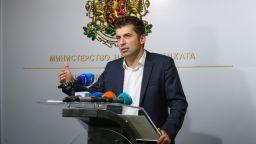 Кирил Петков: Държавните пари не трябва да се дават на някого, а да стимулират инвестиции