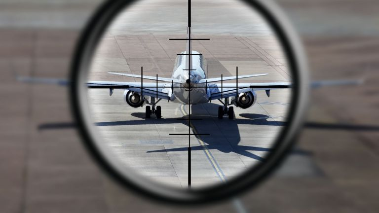 Принудителното приземяване на самолета на Ryanair в Минск и арестуването