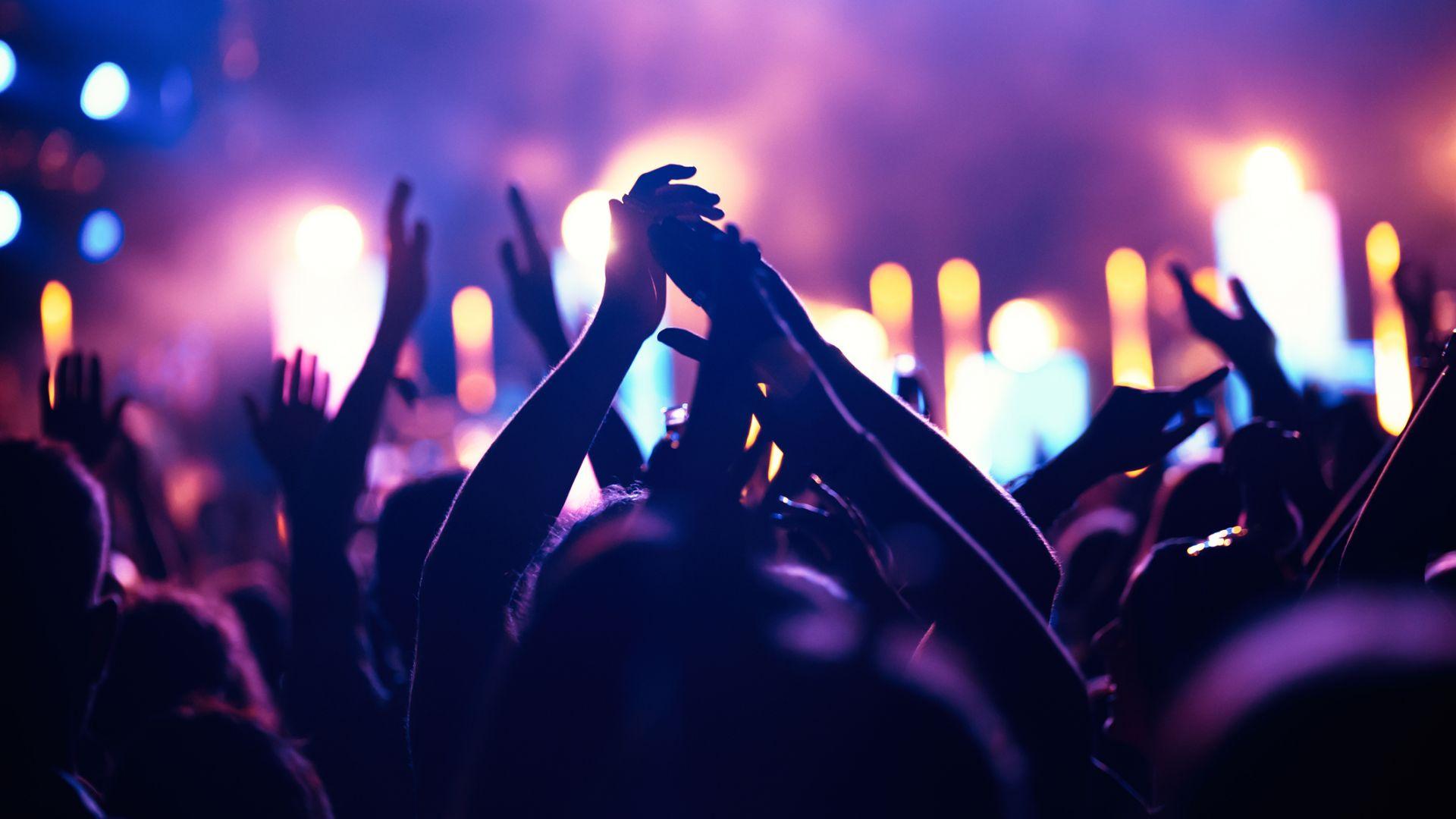Фестивалите без ограничения са възможни през лятото, въпреки пандемията