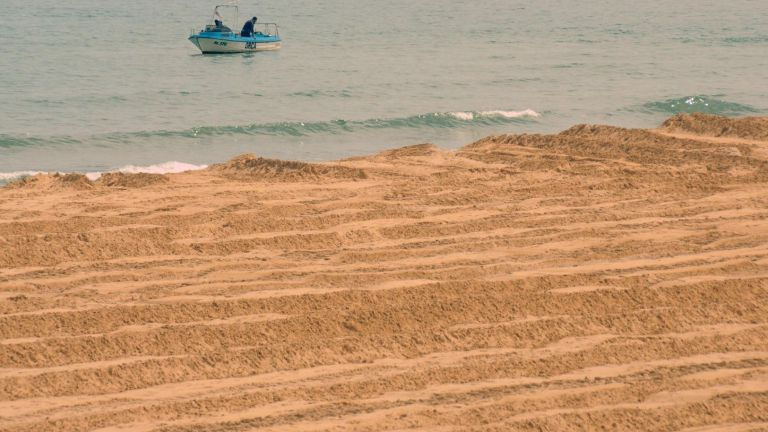 Отново недоволство срещу концесионера на плаж