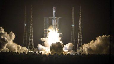 Китай изпраща астронавти до собствената си космическа станция