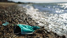 """Все по-малко заразени в Европа. Задава ли се почти """"нормално лято""""?"""