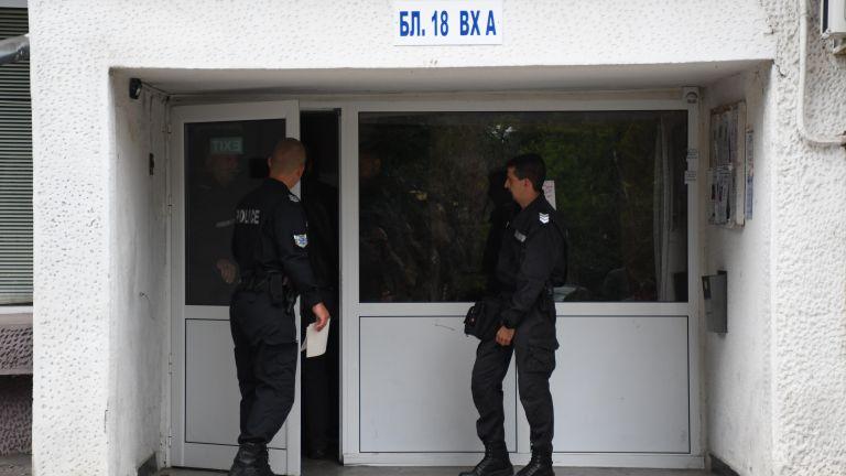 40-годишен мъж, страдащ от халюцинации, е стрелял в София. Той