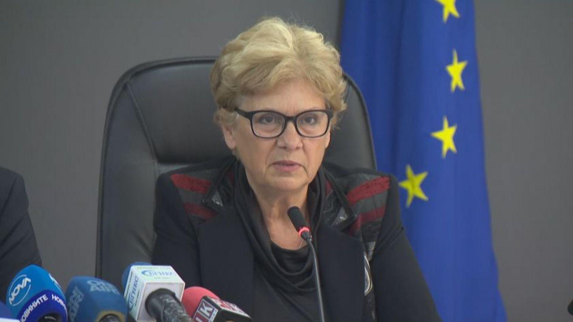 Виолета Комитова: Корупцията се извършва от хора с власт и без страх от съд