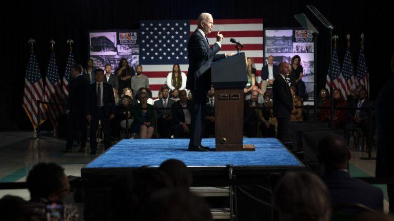 Джо Байдън вчера стана първият действащ президент на САЩ, който