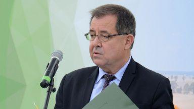 """Земеделският министър се оплака, че довчерашните шефове пращат """"Напоителни системи"""" на дъното"""