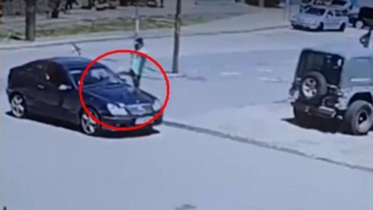 Пореден случай на агресия на пътя е заснет от охранителни
