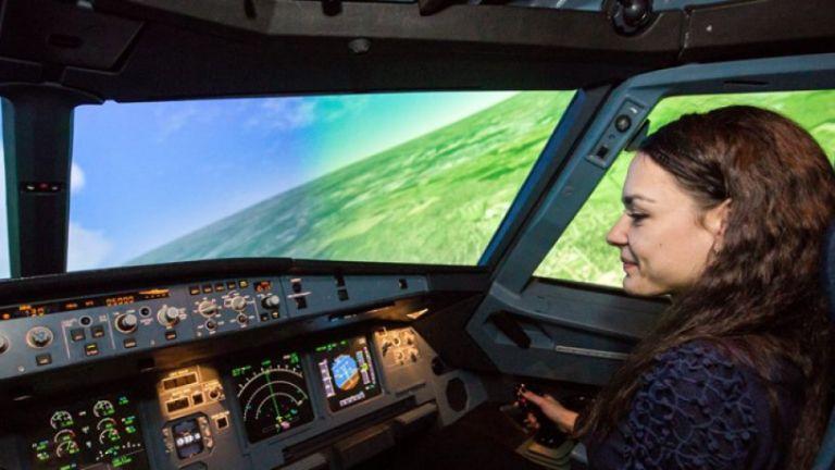 Инж. Стилияна Бакалова, летец-пилот и докторант в Техническия университет -