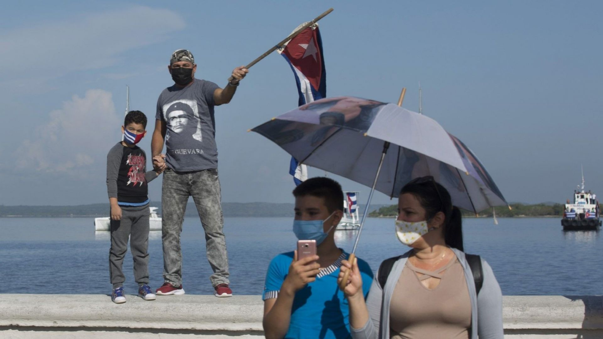 Куба разреши малкия и средния бизнес, но приватизацията остава табу