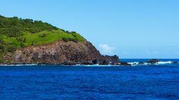 Колко трудно е да посетите един от най-отдалечените острови на света