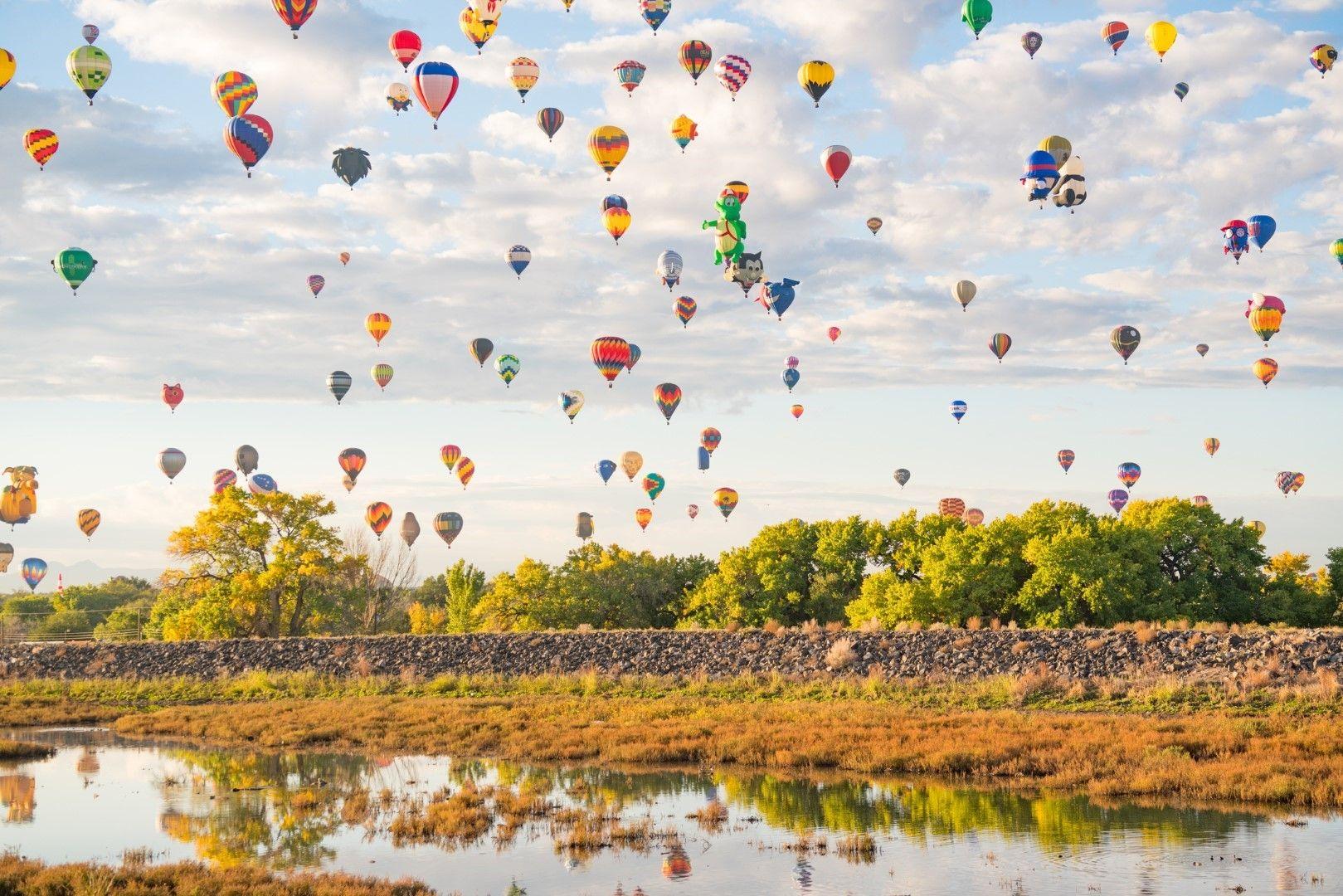 Десетки балони на фестивала в Албъкърки, САЩ
