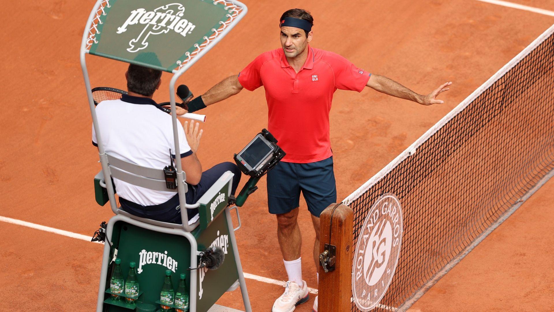 """Федерер даде сет, разправя се със съдията и продължи напред на """"Ролан Гарос"""""""