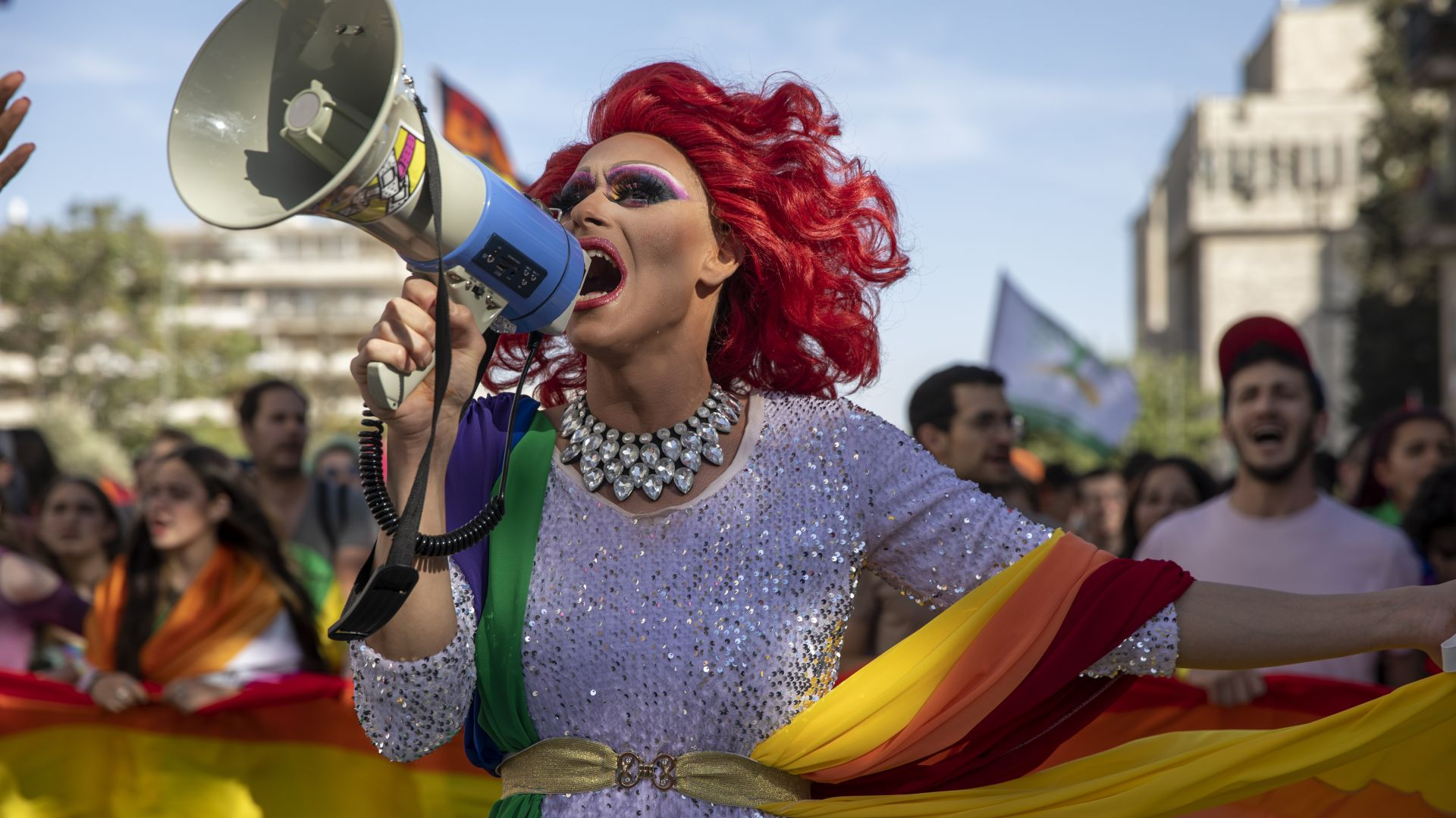 Гей парадът в Ерусалим събра няколко хиляди при засилени мерки заради заплахи (снимки)