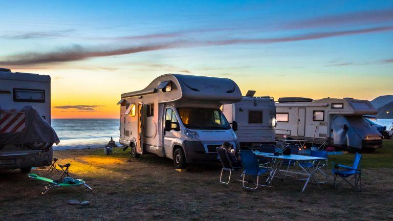 Нови правила за разполагане на палатки, кемпери или каравани извън