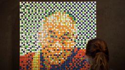 Далай лама от кубчета Рубик ще бъде предложен на търг