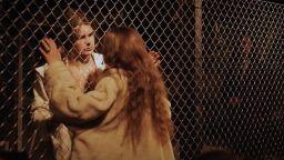 Ромео и Жулиета намират нова сцена в съветска фабрика в Украйна