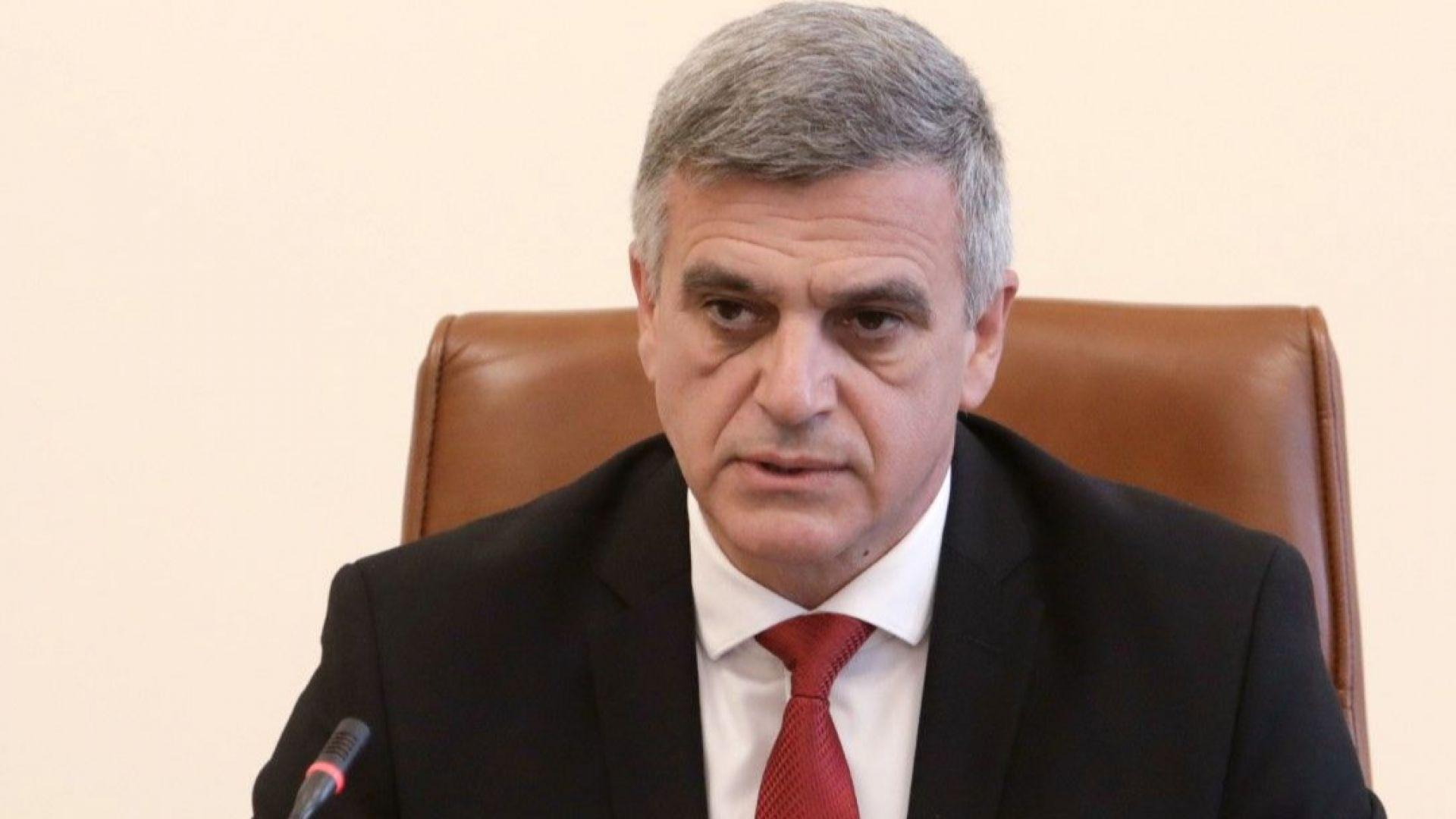 """Стефан Янев: Някои се притесняват от """"черни списъци"""", а не от това, че корупцията е ендемична"""