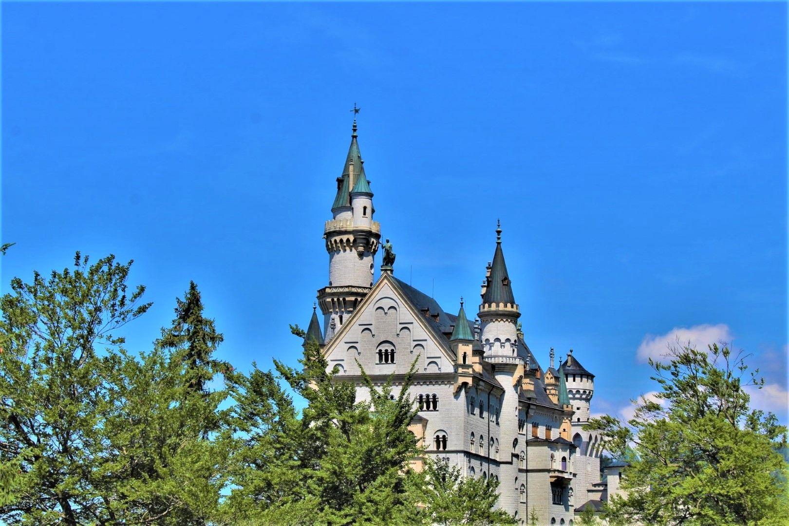 Замъкът Нойшванщайн - прототипът на Дисни