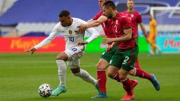 След 0:3 от Франция: На светлинни години сме (Отзиви)