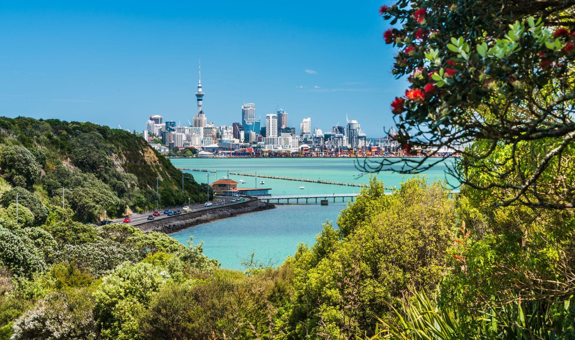 Окланд заема лидерското място в класацията на най-добрите градове за живеене