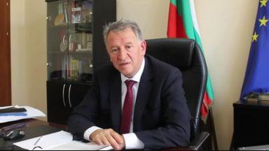 Кацаров отговори на Кантарджиев: Не е героично да се пенсионираш, когато навършиш възраст