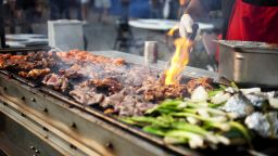 Станете майстор на грила: Как да приготвим перфектно различните видове меса всеки път