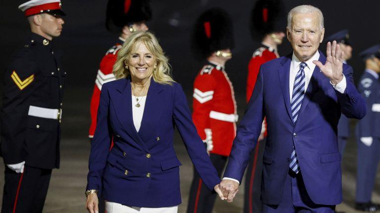 Президентът Джо Байдън започна снощи първата международна обиколка за мандата
