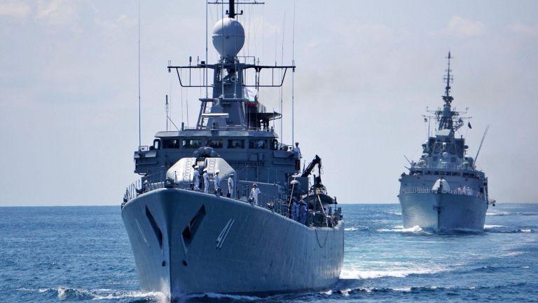 Продължават спасителните и издирвателни операции в Черно море на майор