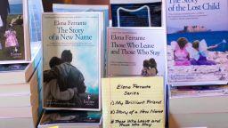 """""""Тягостна любов"""" е семейна история, изпълнена с насилие, с любов и презрение, но и с много нежност (откъс)"""
