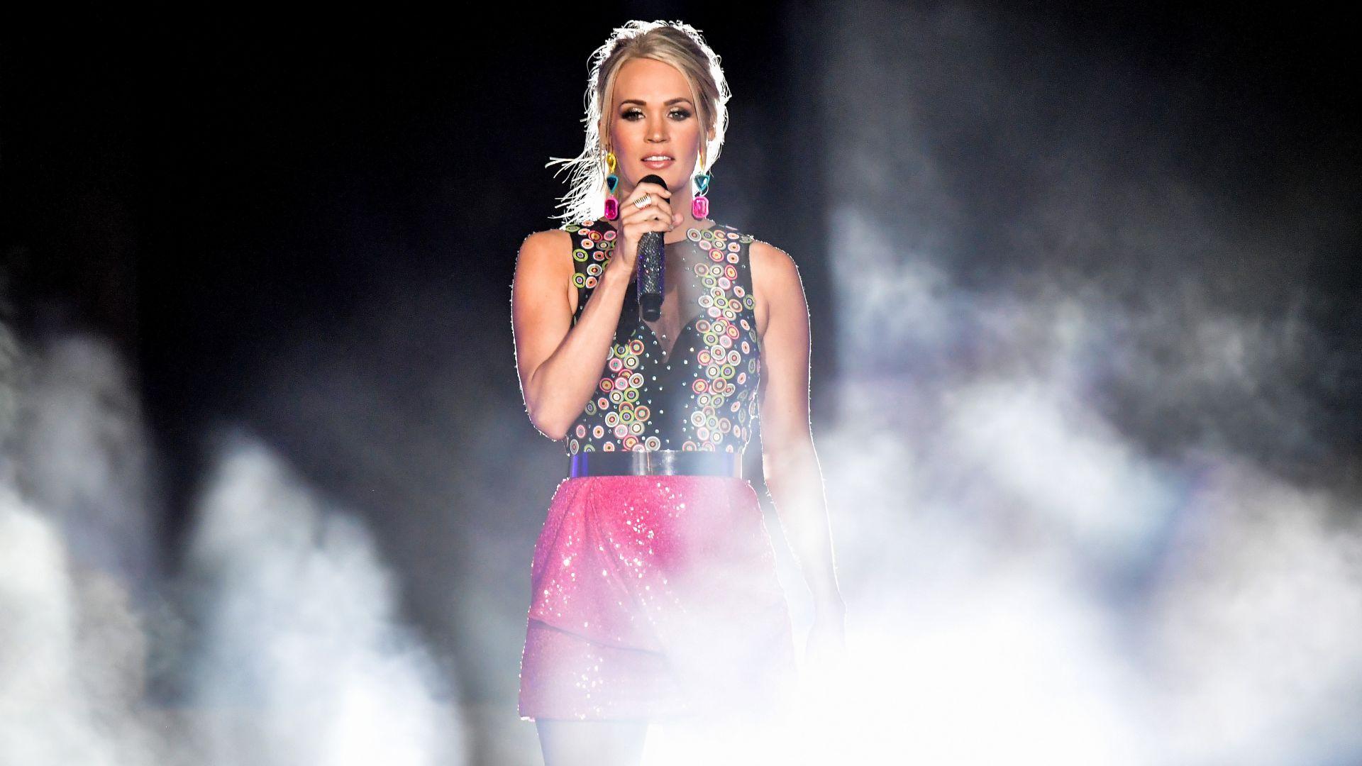 Кари Ъндърууд спечели топ наградата на телевизията за кънтри музика