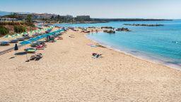 """Кипърски плаж с рекорд - 25 поредни години с отличието """"Син флаг"""""""
