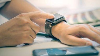 Умният часовник на Facebook ще е с нетрадиционен дизайн